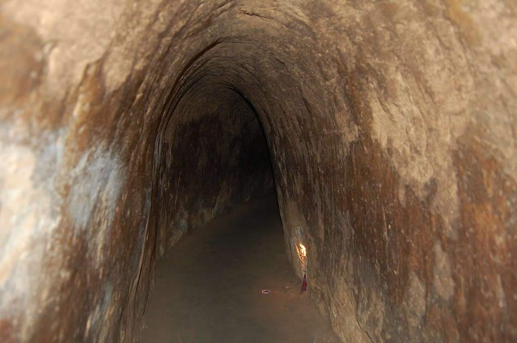 Photo Tourists Tunnels, on Cu Chi Tunnels Tour