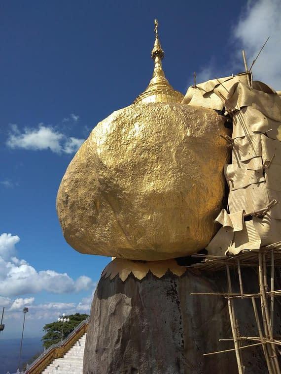 Kyaiktiyo Golden Rock