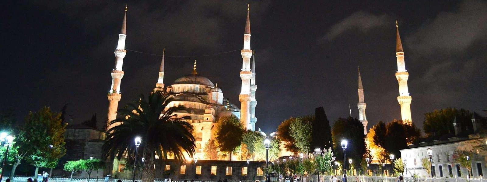 Iconic Blue Mosque Istanbul, Turkey