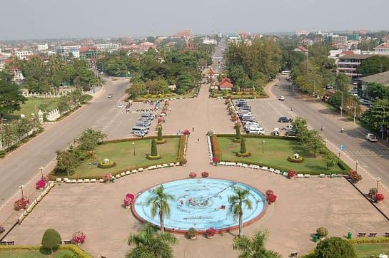 Patuxai gate view of Vientiane