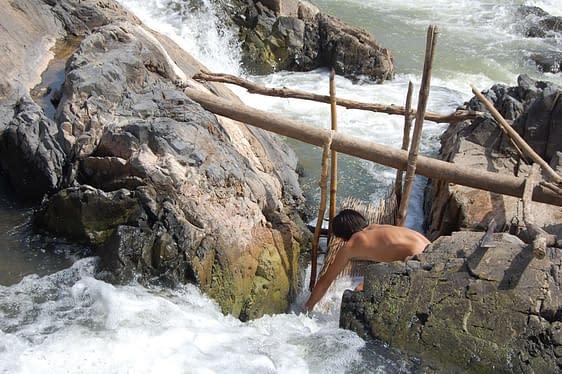 mekong fish traps si phan don
